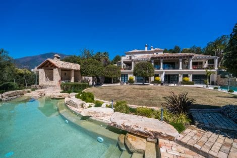 Luxury Home in Luxurious World. Impressive Masterpiece in La Zagaleta's famous living environment