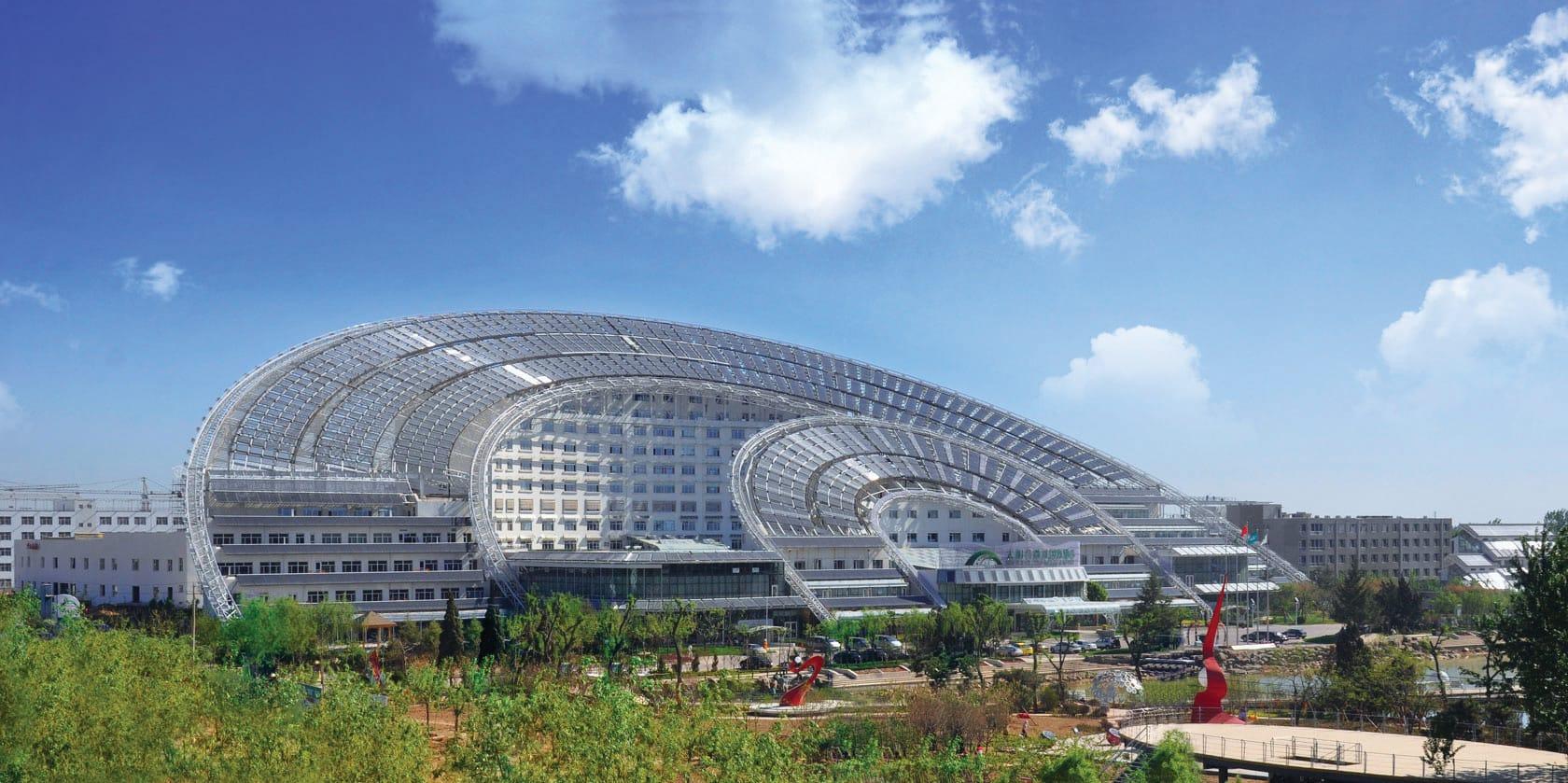 Офисный центр Дом Солнца и Луны, Китай