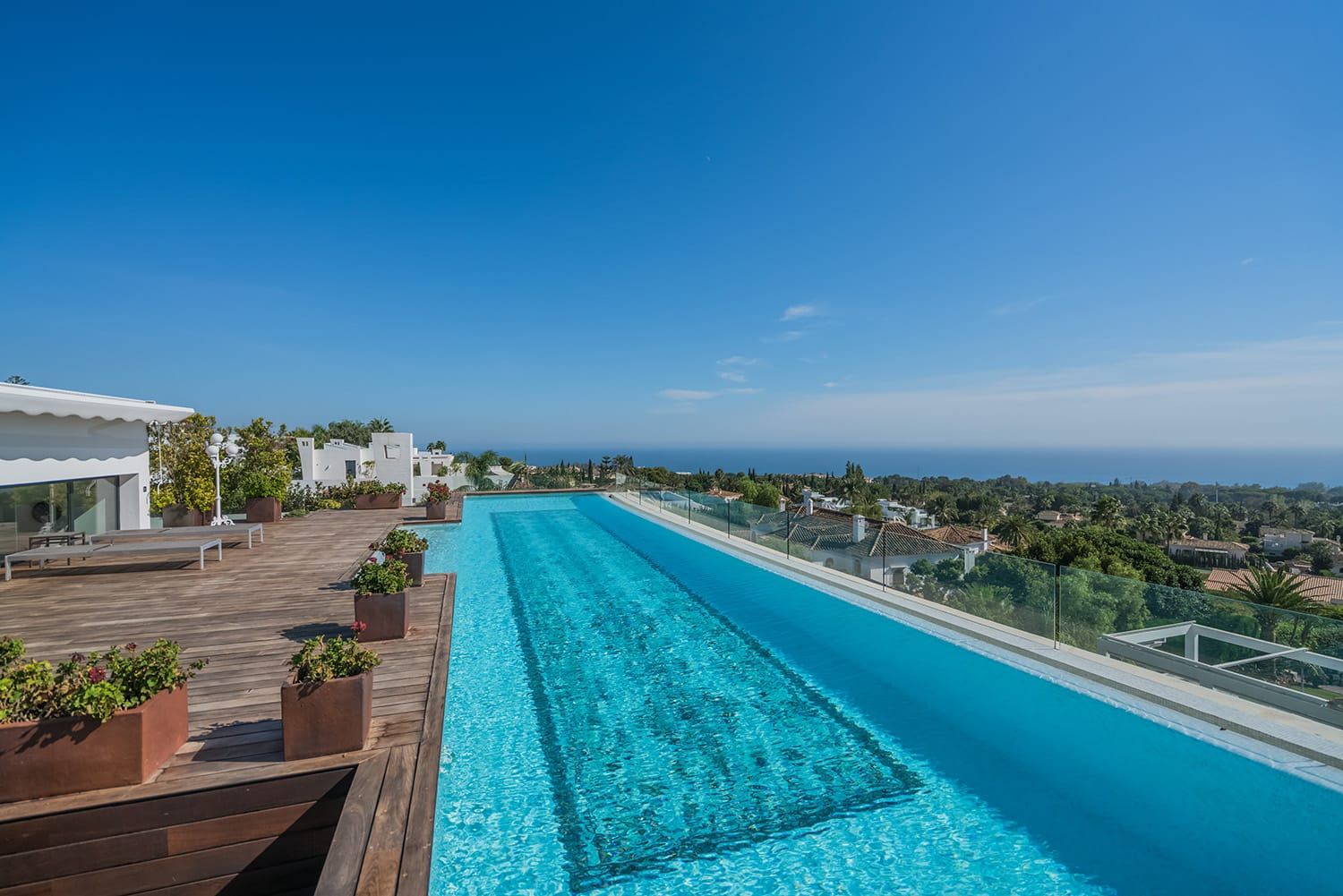 We can all appreciate a beautiful landscape, whether it's laid out in front of us or expertly captured on camera. What about living in one of those? Surrounded with lush greenery, with epic panoramas, in the premium lifestyle setting: between the shimmering in the sun Mediterranean Sea and majestic mountain scenery that never cease to amaze…