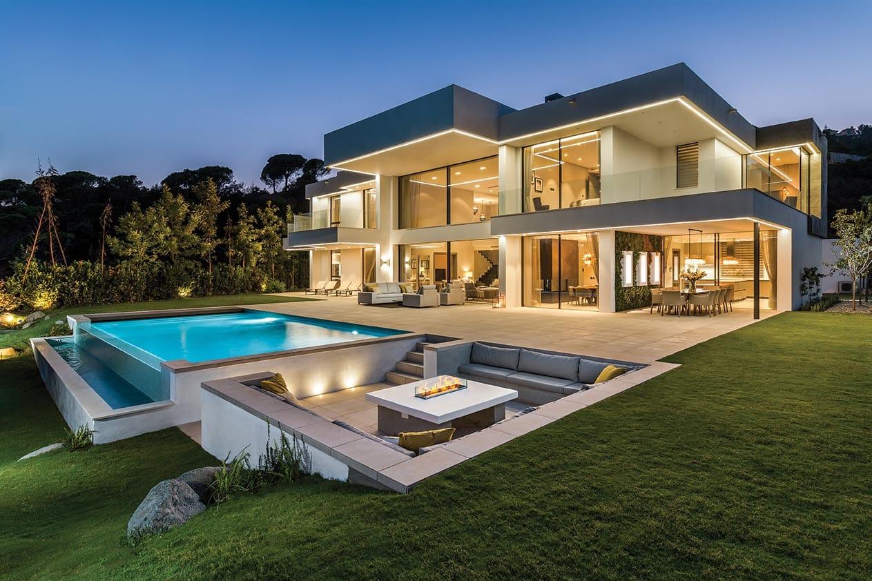 Luxury villa in Madroñal