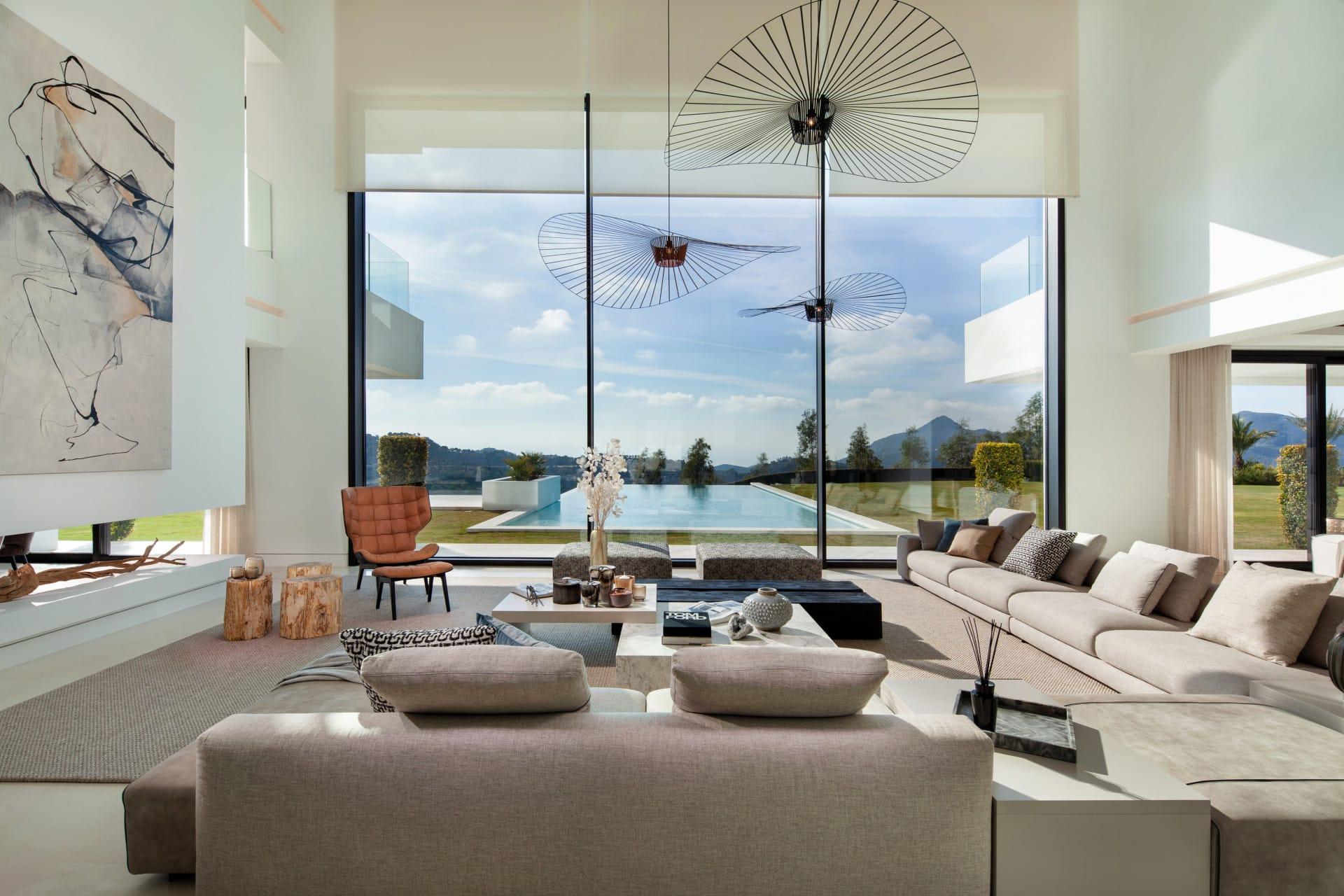 Villa moderna en Marbella, España
