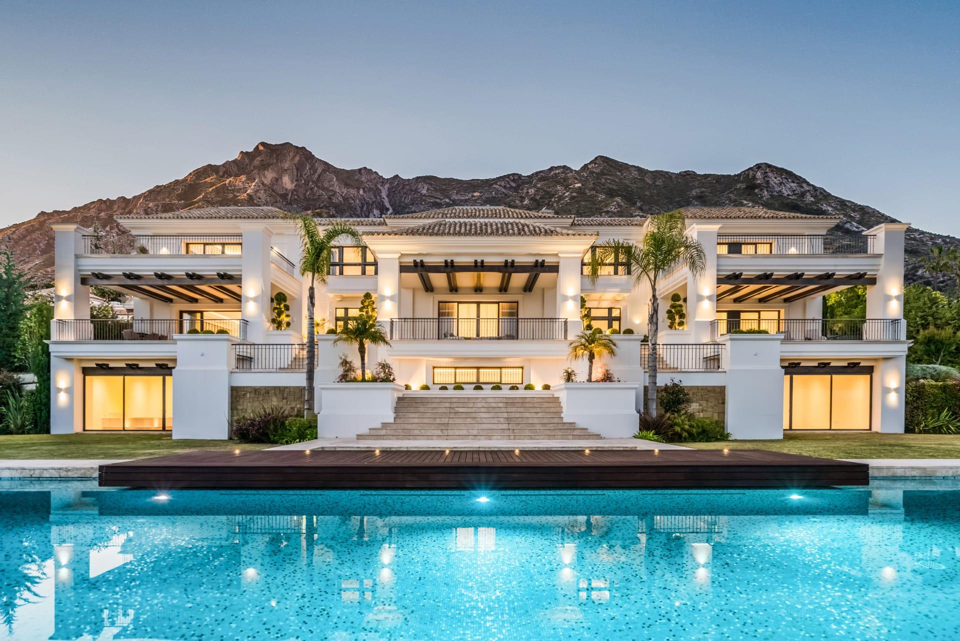 Nueva elegante Villa de lujo en Sierra Blanca, Marbella Milla de Oro, Marbella