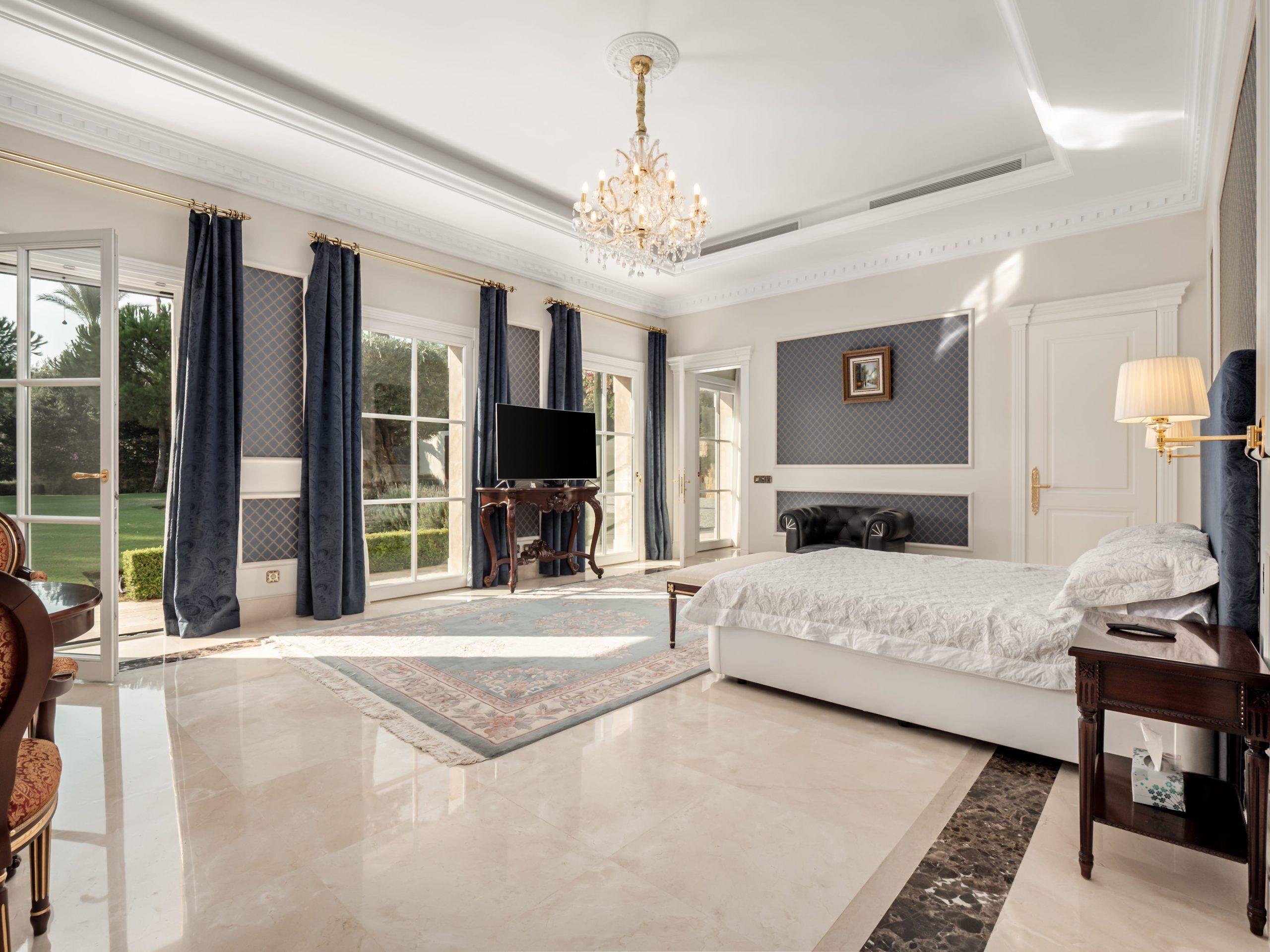 Mega Mansion Sierra Blanca Chambre