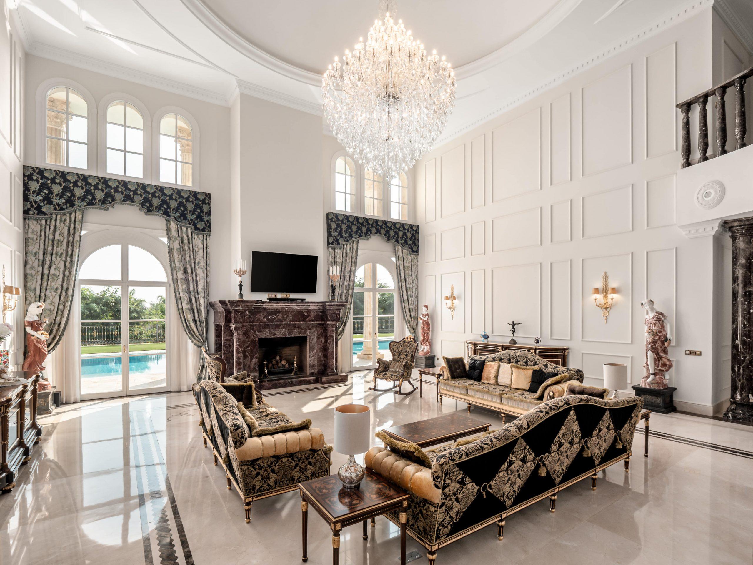 Sierra Blanca Mega Mansion Salon