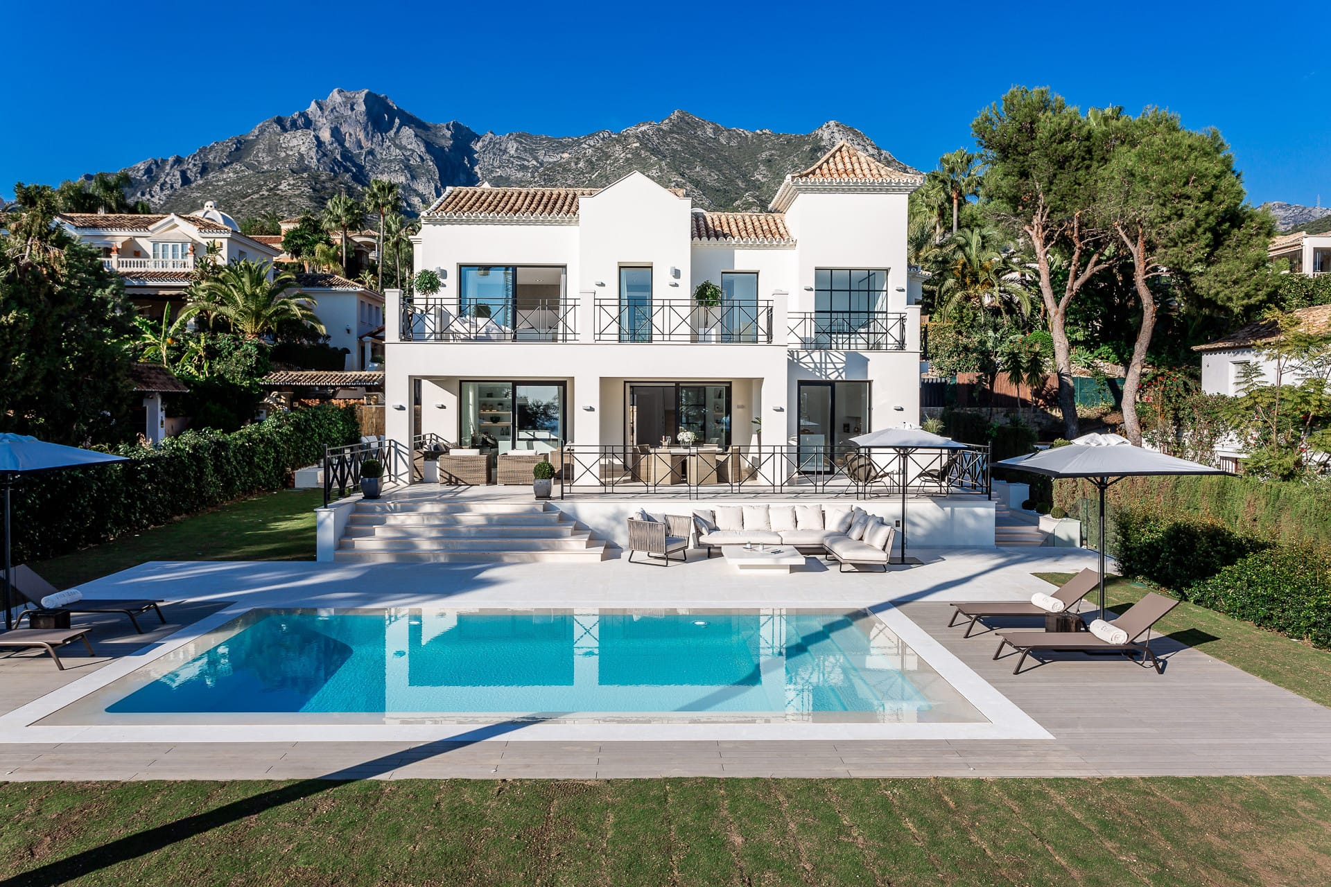 State-of- Art Modern Luxury Villa, Sierra Blanca